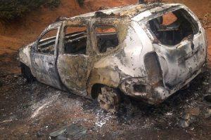 Carros incendiados em Divino e Orizânia