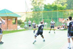 Manhuaçu: Torneio Amigos da Peteca reúne 48 atletas
