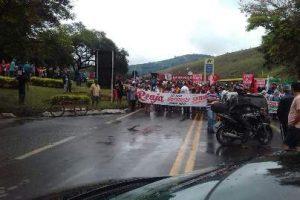 Manhuaçu: Manifestações contra reformas da Previdência e Trabalhista