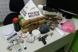 Manhuaçu: Polícia Militar apreende 16 barras de maconha