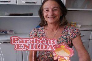 Admiradora comemora aniversário na sede do Corpo de Bombeiros de Manhuaçu