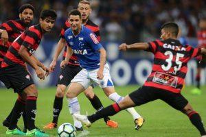 Cruzeiro empata sem gols com o Vitória