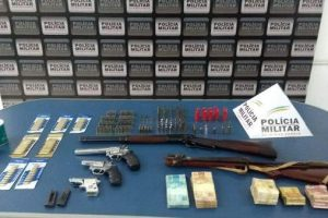 Manhuaçu/Reduto: Operação Mercado Negro combate comércio ilegal de armas e munições