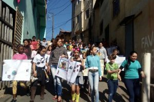 ESF do Bairro Santa Luzia realiza passeata contra o preconceito