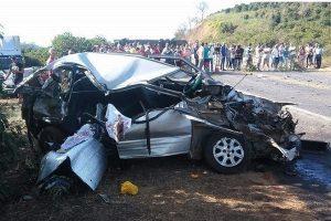 Mãe e filho morrem em acidente em São João do Manhuaçu
