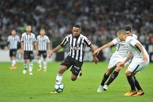 Atlético perde em casa para o Corinthians