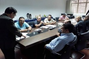 Vereadores se reúnem para tratar sobre cavalos soltos em Manhuaçu