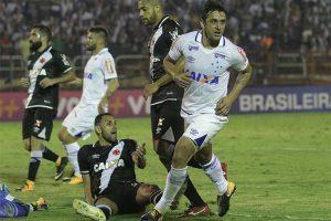 Cruzeiro goleia o Vasco: 3 a 0