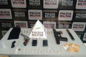 Manhumirim: Drogas, armas e munições apreendidas pela PM