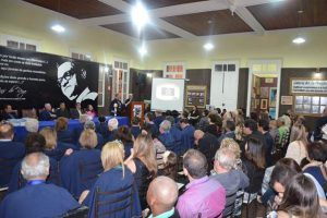 25 anos da Academia Manhuaçuense de Letras