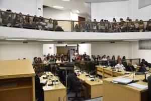Audiência Pública debate sobre bolsas para universitários na Câmara de Manhuaçu