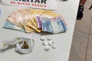 PM apreende drogas em Manhuaçu após denúncia