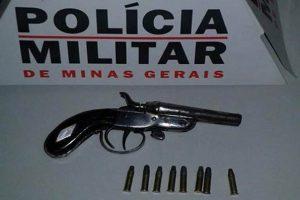PM apreende arma na Taquara Preta em Manhuaçu