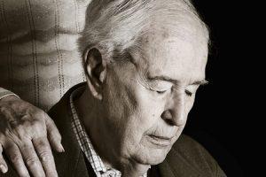 Pacientes com Alzheimer contarão com novo medicamento no SUS