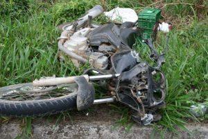 Motociclista de Manhuaçu morre em acidente na MG 111