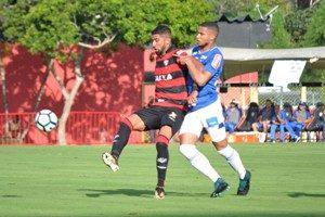 Cruzeiro arranca empate diante do Vitória