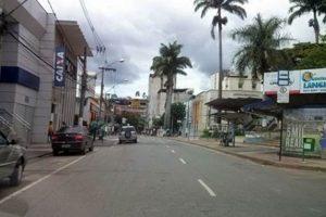 Covid-19: Comércio de Manhuaçu permanecerá fechado