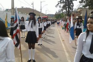 Matipó: Escola Waldomiro Mendes de Almeida comemora 60 anos com desfile