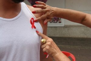 Minas reforça conscientização da população contra a AIDS