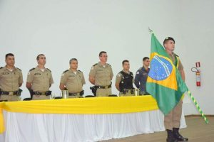 Manhuaçu: Futuros soldados prestam compromisso à Bandeira