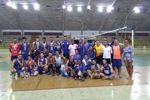 Manhuaçu Volei fatura 3º lugar na Copa Verão