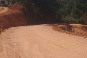 Manhuaçu: Estrada de Palmeiras recebe melhorias