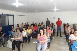 Funcionários das creches municipais participam de curso sobre primeiros socorros