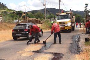 Operação tapa-buracos tem início na rodovia de acesso à Ponte do Silva