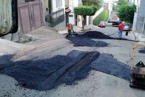 Operação tapa-buraco chega ao bairro Todos os Santos