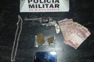 PM apreende arma de fogo e drogas com menor de 15 anos no bairro Santana