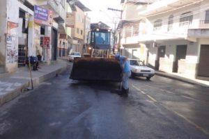 Prefeitura investe em reforma de escolas e recuperação de ruas e estradas