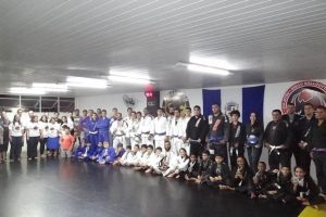 Prefeitura de Manhuaçu apoia atletas de jiu-jitsu em campeonato