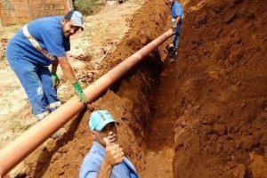 SAAE instala 150 metros de rede de esgoto em São Pedro do Avaí