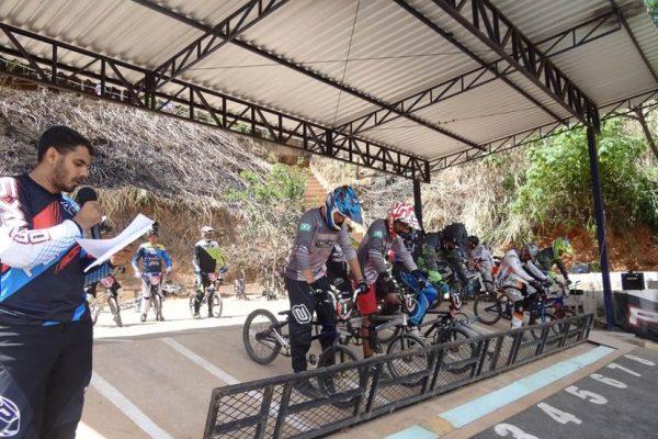 bicicrosmanhuacu2.jpg