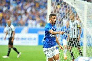 Cruzeiro faz 2 a 0 no Atlético e fatura o título de 2018