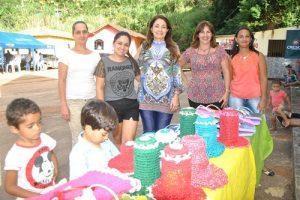 Prefeita Cici participa de Dia de Campo na comunidade São Geraldo (Gavião)