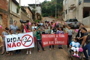Manhuaçu: Alunos alertam comunidade sobre as drogas