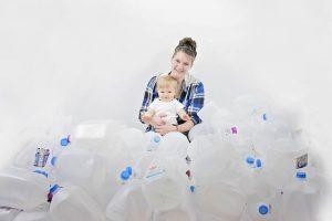 Mãe já doou quase 500 litros de leite materno: galões