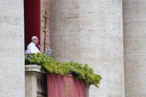 """Em mensagem pela Páscoa, Papa condena """"extermínio"""" na Síria"""