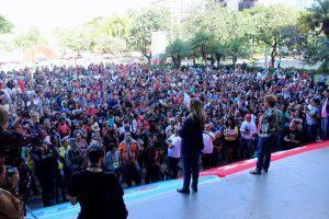 Greve dos professores é suspensa em Minas Gerais