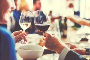Álcool em pequenas doses pode proteger o cérebro