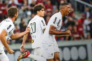 Brasileiro: Atlético vira na Arena da Baixada, 2 a 1