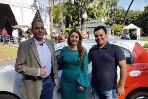 Manhuaçu recebe veículo para a saúde