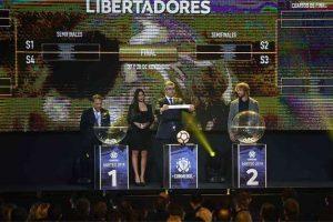 Cruzeiro encara Flamengo nas oitavas da Libertadores