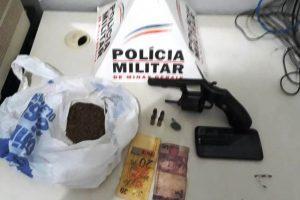 Arma de fogo e drogas apreendidos em Pedra Bonita
