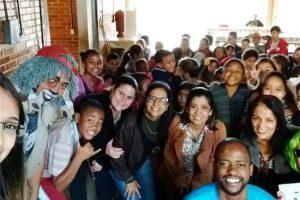 """Vigilância Ambiental desenvolve projeto """"posse"""" responsável nas escolas"""