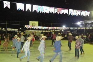 Luisburgo: Dezenas de pessoas participam da festa da ASCOAS