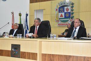 Câmara de Vereadores de Manhuaçu aprova projetos sobre contratação de motoristas