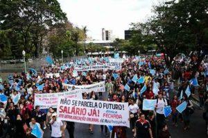 Sindicato convoca professores estaduais a entrarem em greve até receberem salário