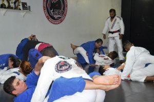 Atletas de Manhuaçu disputam a copa de Jiu-Jitsu neste sábado